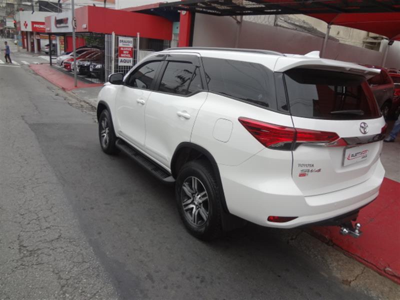 TOYOTA SW4 2.7 SR 4X2 16V FLEX 4P AUTOMÁTICO 2018/2019