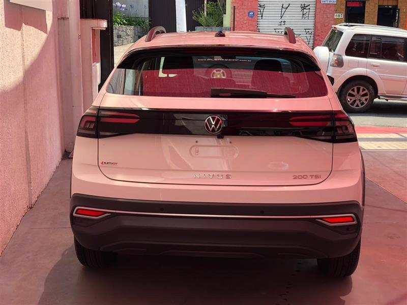 VOLKSWAGEN NIVUS 1.0 200 TSI TOTAL FLEX COMFORTLINE AUTOMÁTICO 2020/2021